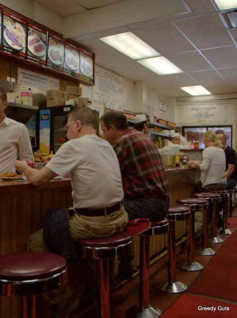 Inside of Schwartz's